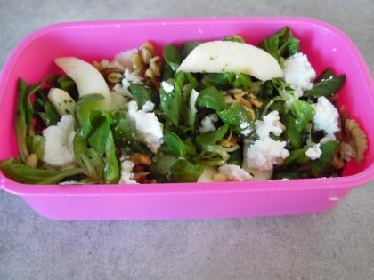 Salade d'automne mâche-pommes-noix